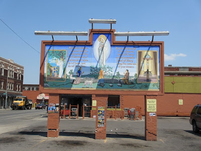 Virgin Mary sign at West Vernor Market