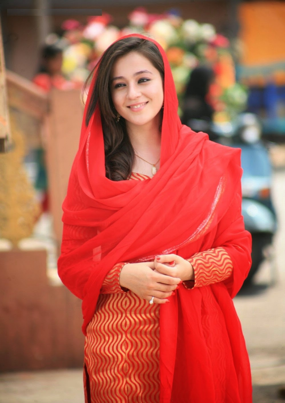 Priyal Gor HD Wallpapers Free Download