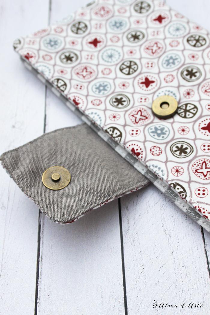 Billetera de tela hecha a mano
