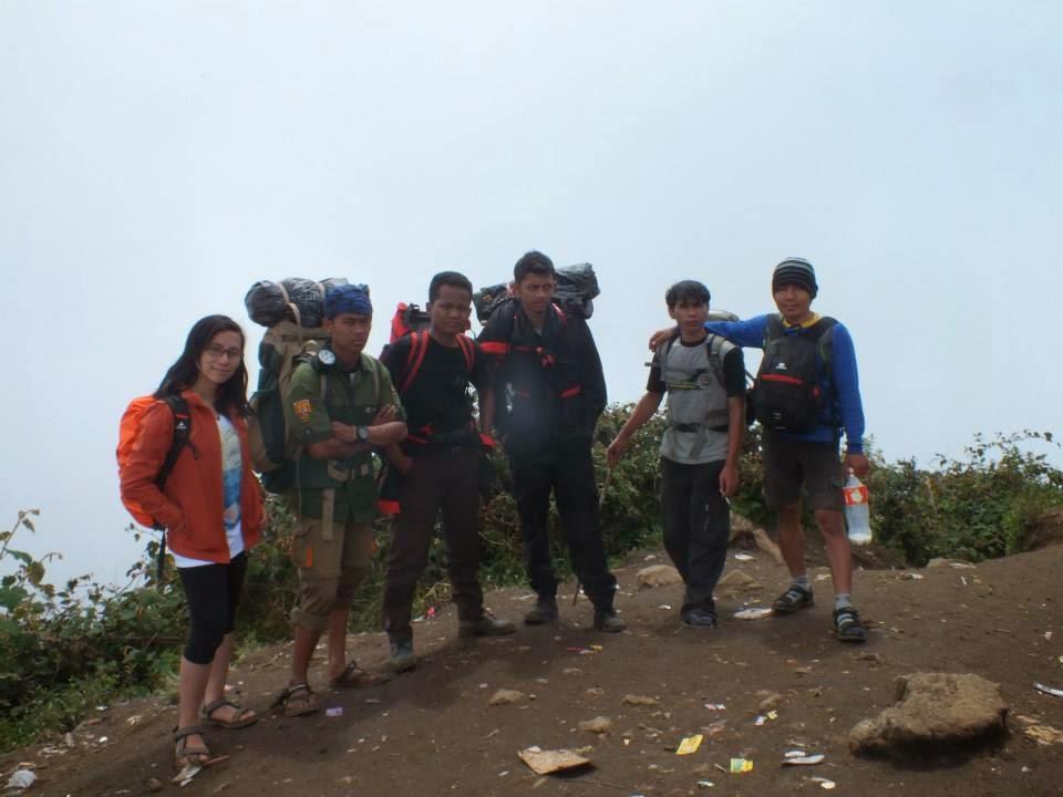 Jalan Jalan Ke Gunung Cikuray Garut Jawa Barat