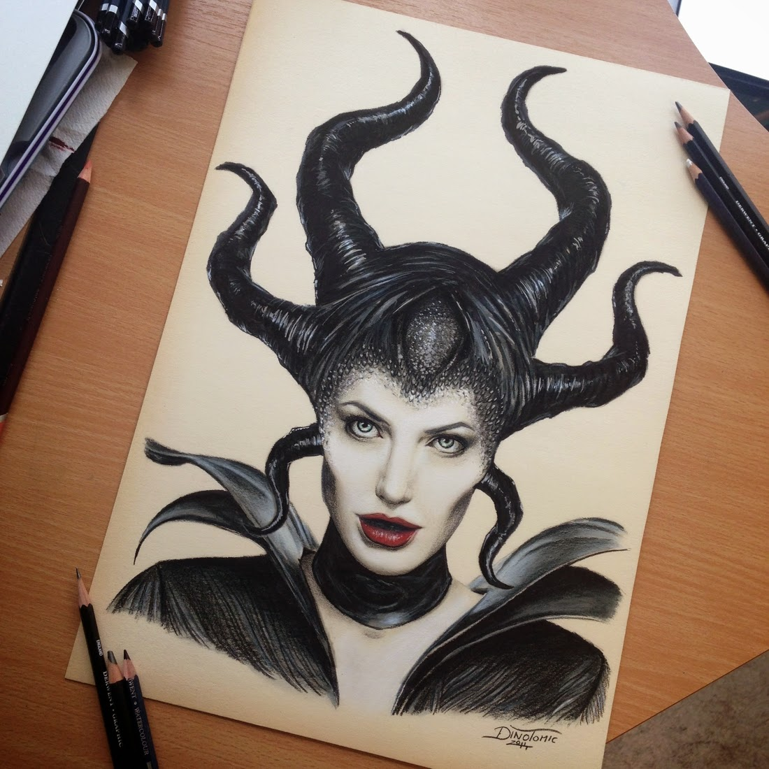 24-Maleficent-Angelina-Jolie-Dino-Tomic-AtomiccircuS-Mastering-Art-in-Eclectic-Drawings-www-designstack-co
