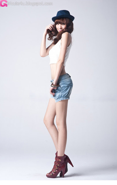 3 Zheng Junli - Shed the jeans-very cute asian girl-girlcute4u.blogspot.com