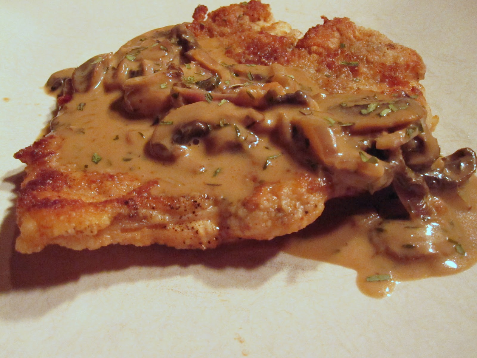 Whippet - Up!: Chicken Breast with Creamy Herbed Mushroom Sauce