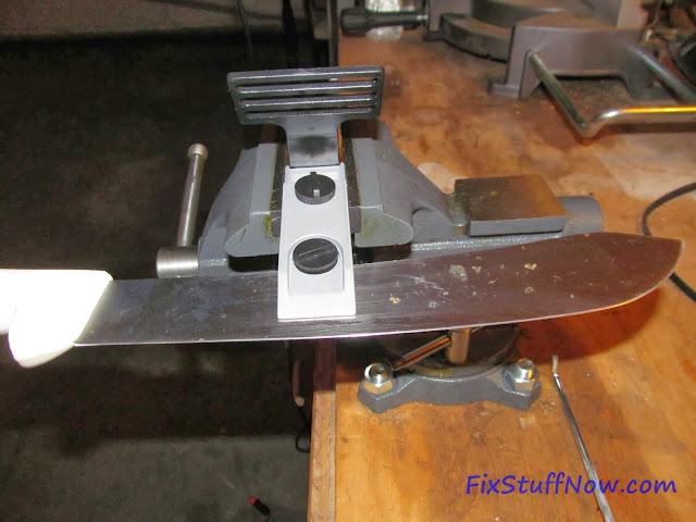 EZE-LAP DMD Fixed Angle Knife Sharpening System - Clamped Into Vise