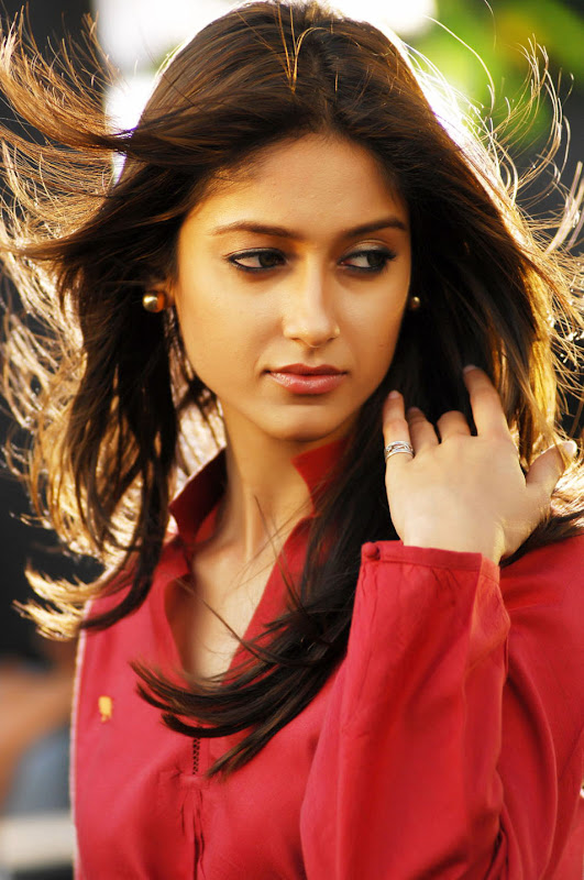 Telugu Actress Ileana Stills Gallery unseen pics