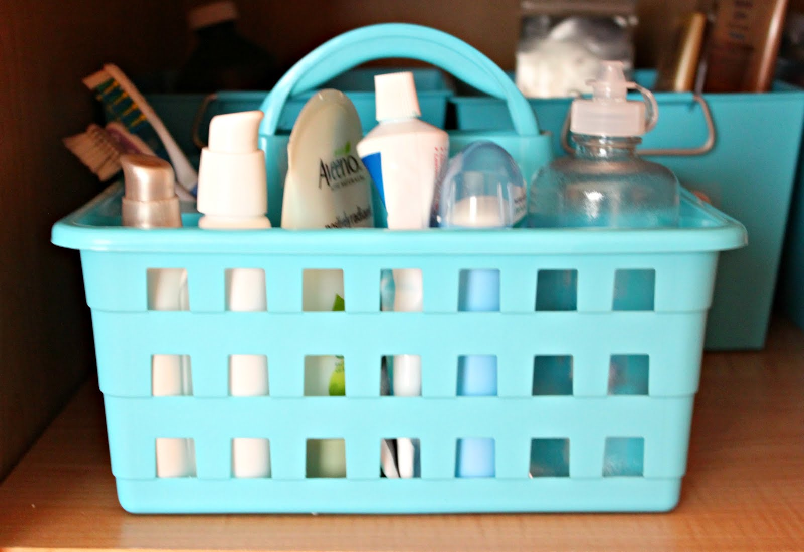 Organizing Our Home: The Bathroom Cabinet + Free Printables - House ...