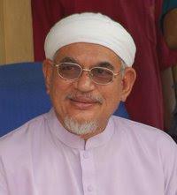 YB Tuan Guru Dato' Hj. Abdul Hadi Awang