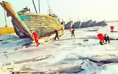 Teluk Bohai, Lautan Bohai di Jinzhou, wilayah Liaoning, membeku