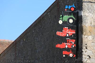 campagne détail rural décoration agricole tracteur Seine-et-Marne