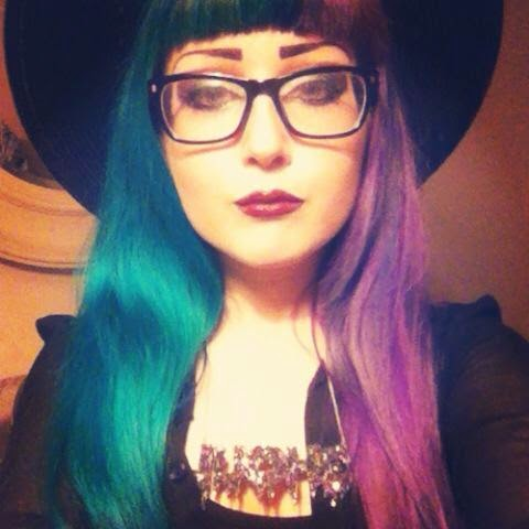cruella devile split two tone half and half hair dye manic panic directions crazy color alternative turquoise teal blue purple lilac witch goth girl