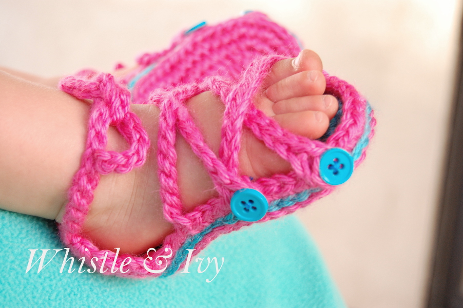 Baby Button Gladiator Sandal Crochet Pattern Gladiator