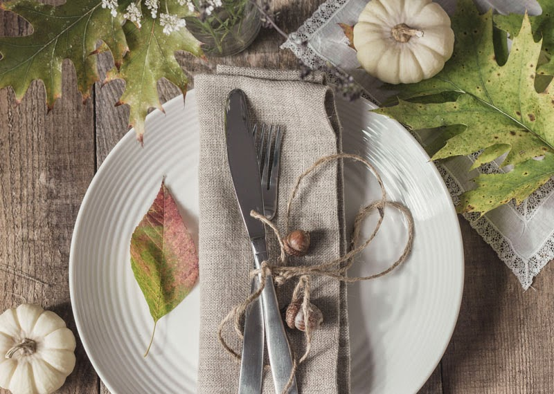 rustic natural tablesetting, Fall table, Autumn entertaining