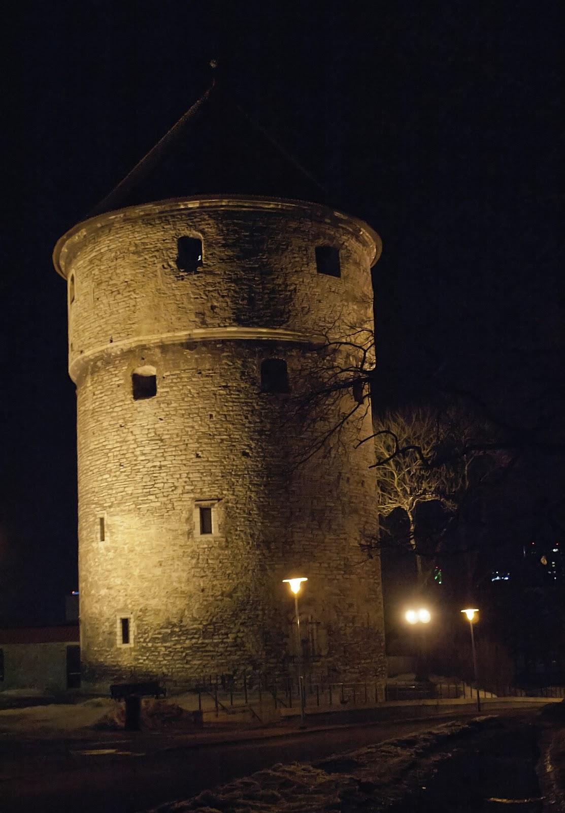 Знаменитая Таллиннская Башня Кик-ин-де-Кек