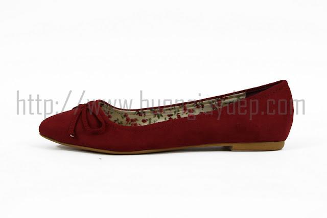 Cửa hàng bán buôn giày dép nữ
