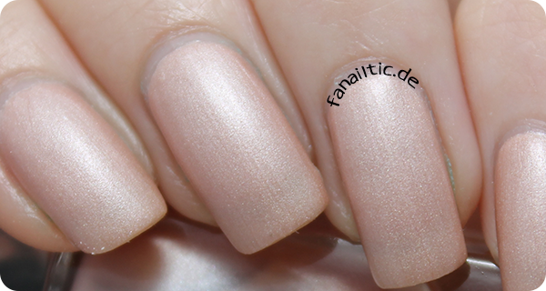 "BeYu 857 ""silky peach"" gallery of nail colors"