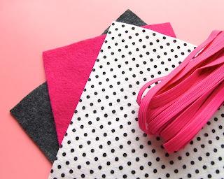 Porta-cartão de visitas de feltro e tecido passo a passo