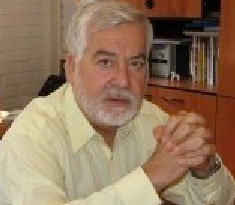 Periodista: Juan Pablo Cárdenas: cardenas@uchile.cl