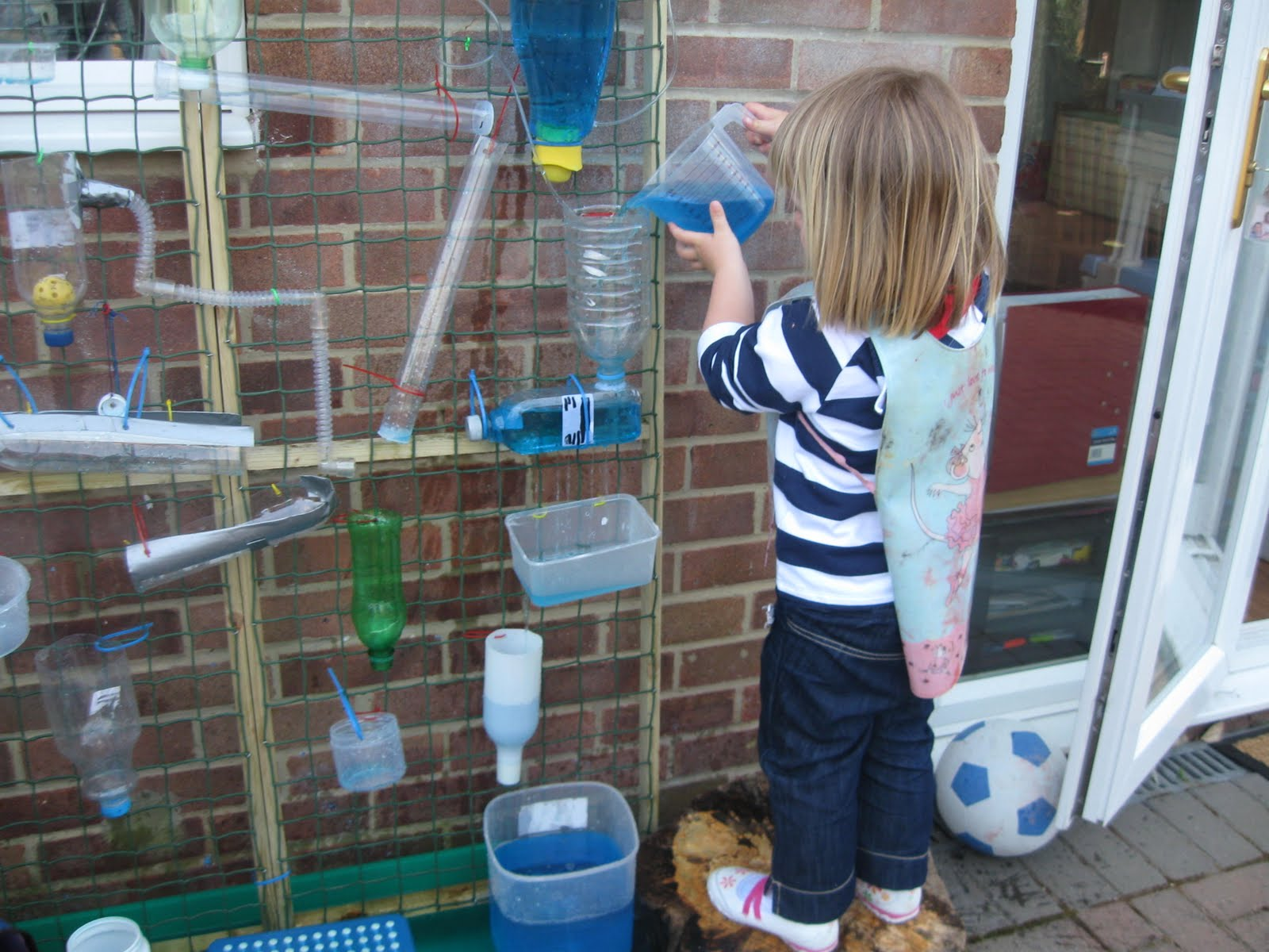 Water wall pre school play for Water wall plumbing