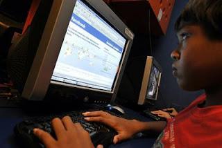 dampak facebook,dampak negatif facebook,facebook anak,facebook dan anak-anak,dampak twitter