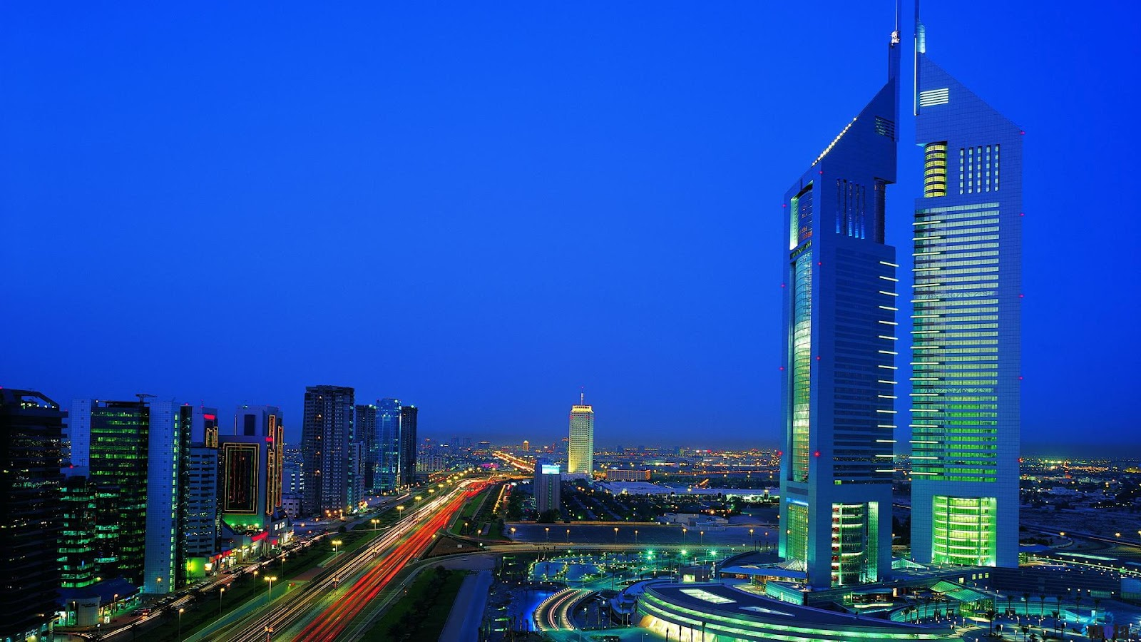 World beautifull places all tower dubai nice image for Nice hotels in dubai
