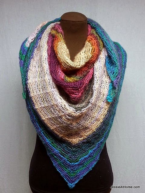 free crochet pattern triangle shawl