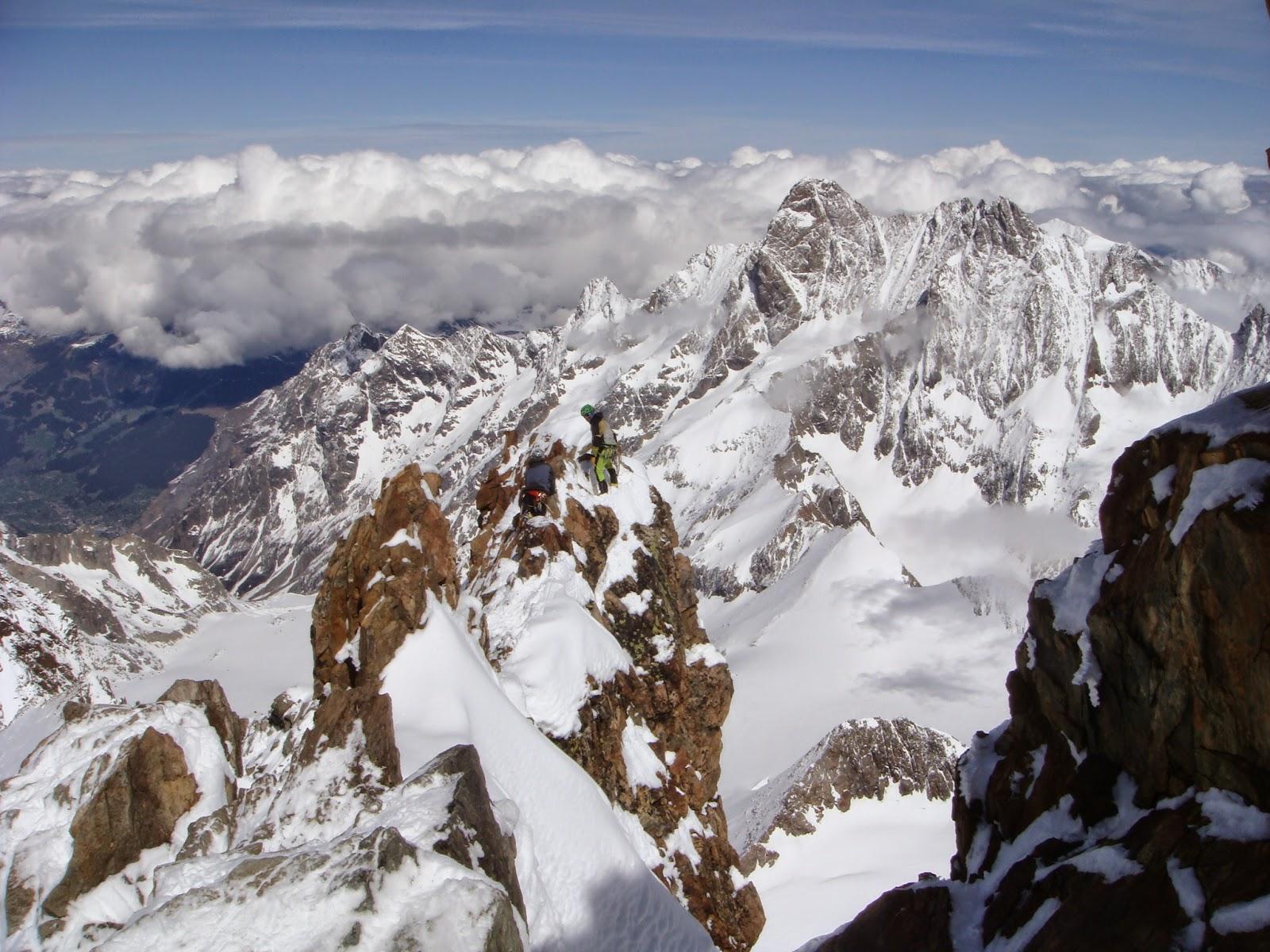 Cresta Norte del Finsteraarhorn. Oberland.
