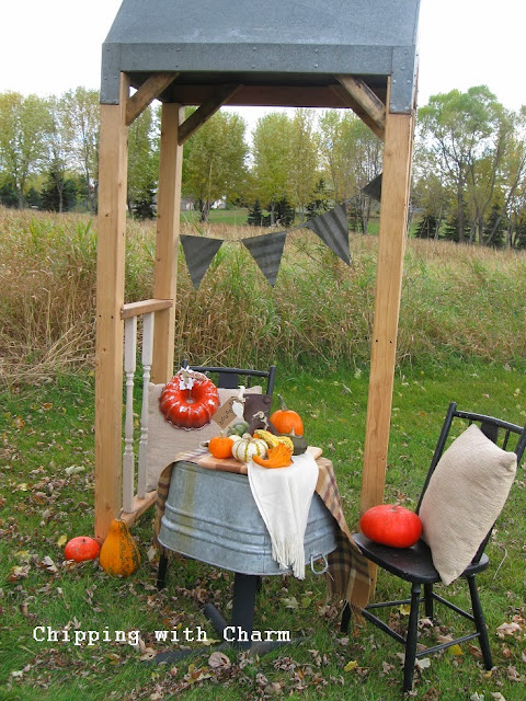 Chipping with Charm: Junky Outdoor Fall Vignette http://chippingwithcharm.blogspot.com/
