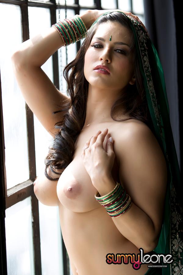 голая индийанка фото