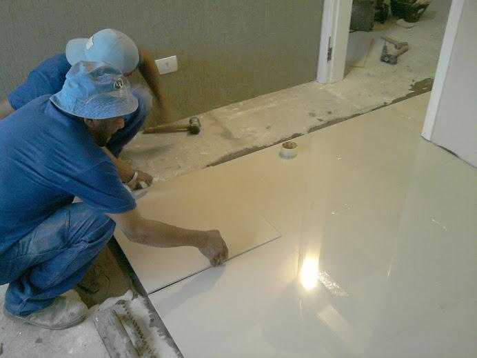 Coloca o de cer mica porcelanato rio de janeiro rj for Ceramica de porcelanato