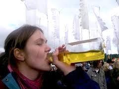 http://3.bp.blogspot.com/-97Ao_C0dqx8/T33kRcK01pI/AAAAAAAABHU/9qSZhMcNnnQ/s1600/urine.jpg