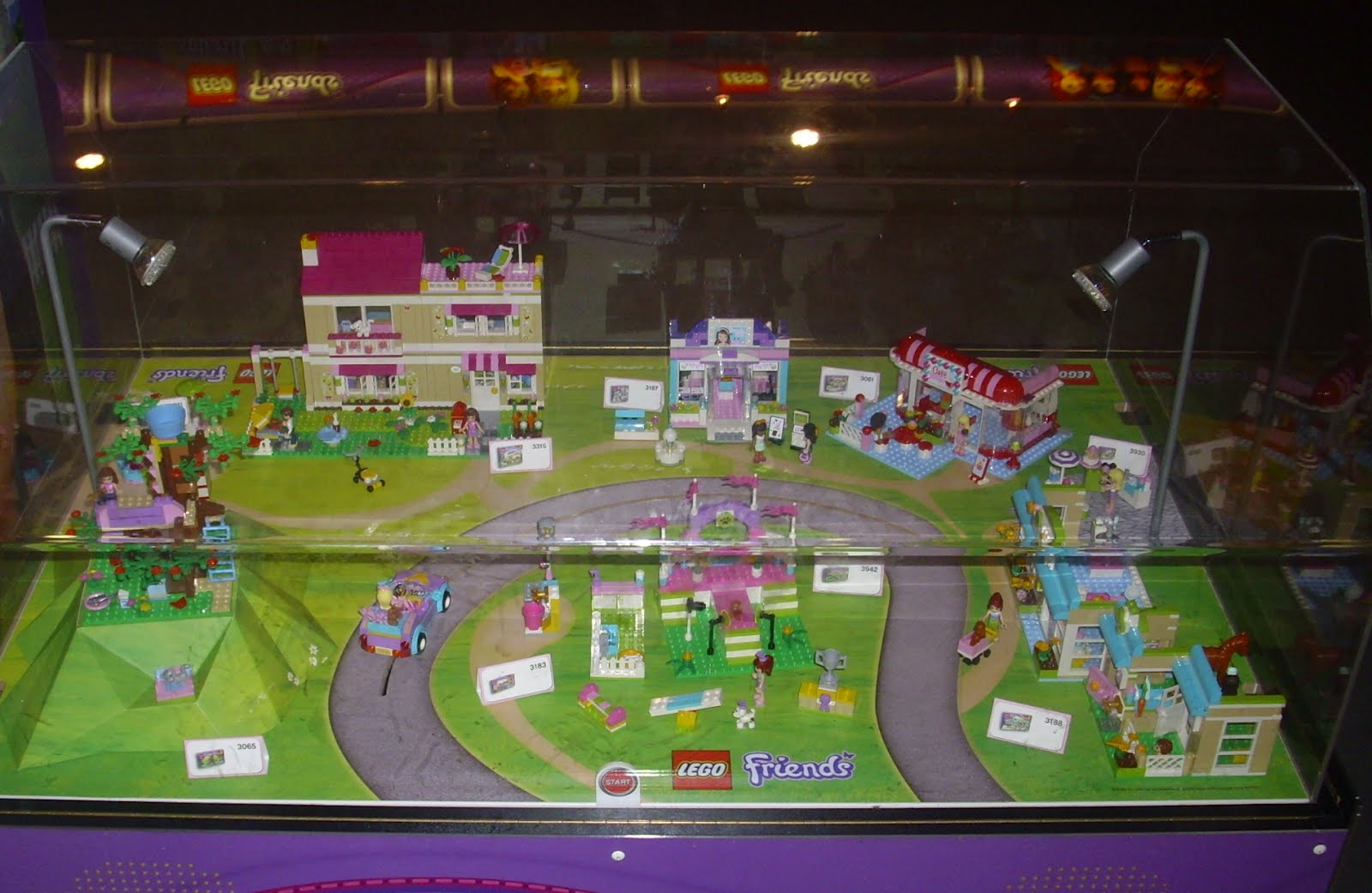Lego friends hotel set price for Lovely hotel