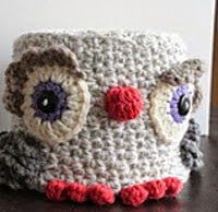 http://www.ravelry.com/patterns/library/little-owl-tp-keeper