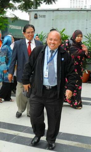 BERSAMA DR. RICHARD NG DI OUM PETALING JAYA