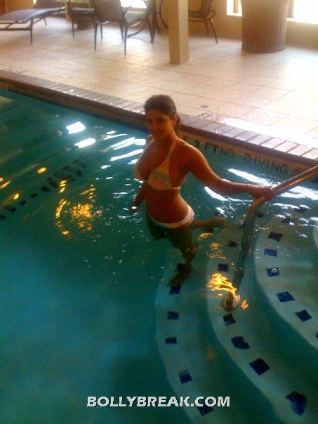 Sunny Leone in Bikini - Sunny Leone in Real Life