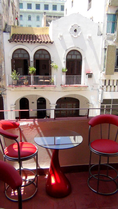 CASA MAURA, mi casa particular en La Habana, dedicada al hospedaje de viajeros, una casa de renta con el concepto B&B, ubicada en la Habana Vieja.