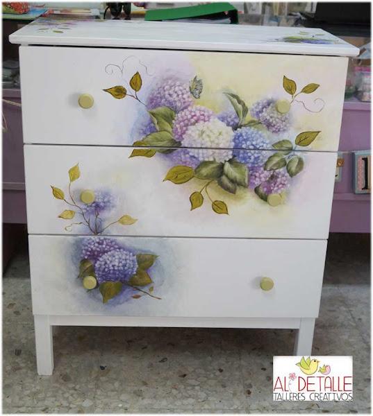 Decoupage en muebles aprender manualidades es - Decoupage con servilletas en muebles ...