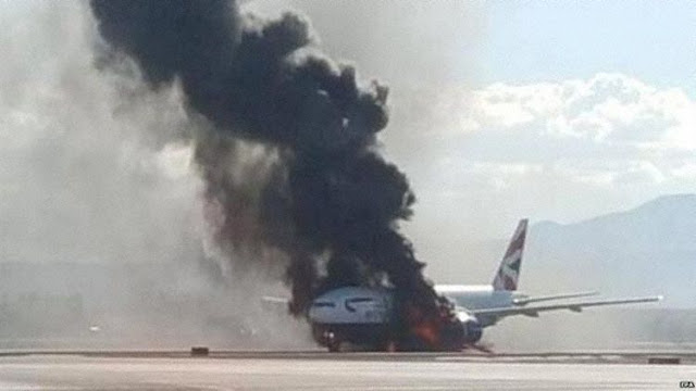 É MAIS QUE VOAR | FOTOS | Acidente com o 777 da British Airways em Las Vegas  - Foto © Andy Woodfield