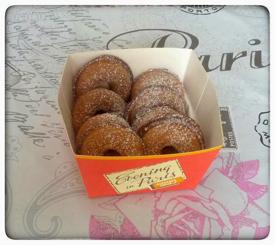 mini donuts la fraise madmoizelle cupcake blog. Black Bedroom Furniture Sets. Home Design Ideas