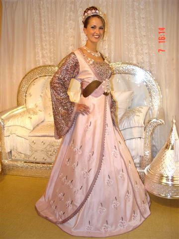 06 26 13 caftan 2013 for Robes de mariage en consignation ct