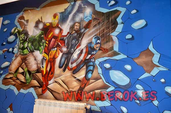 Murales en Barcelona de los Vengadores