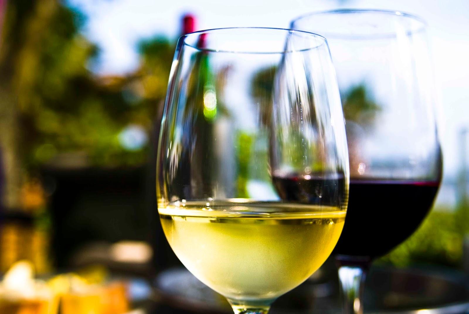 Choosing The Best Wine For The Season