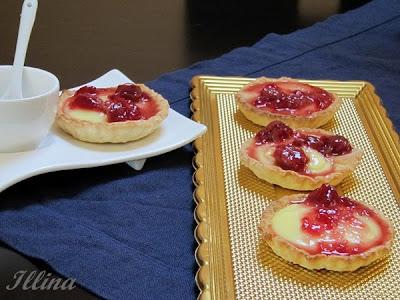 Тарталети с ванилов крем и вишни