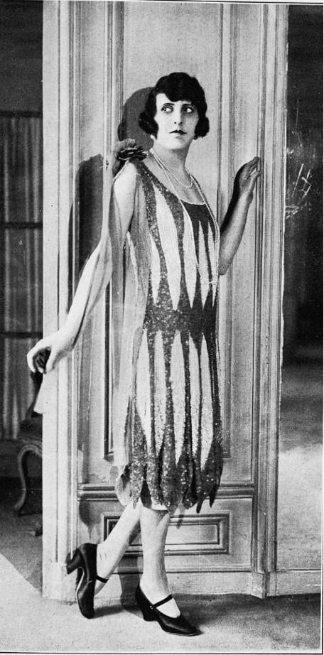 1920s Flapper #vintage #fashion #1920s #flapper #deco #20s