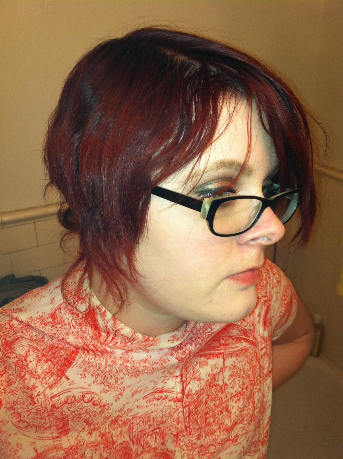 Displaying 17> Images For - Natural Red Hair With Brown Underneath...