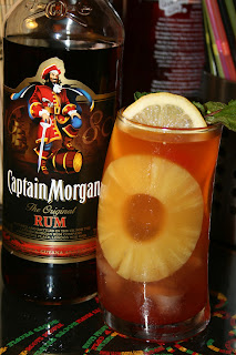 cócteles con ron captain morgan