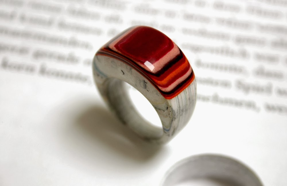 20-Paper-Jewellery-Jeremy-May-Literary-Jewels-www-designstack-co