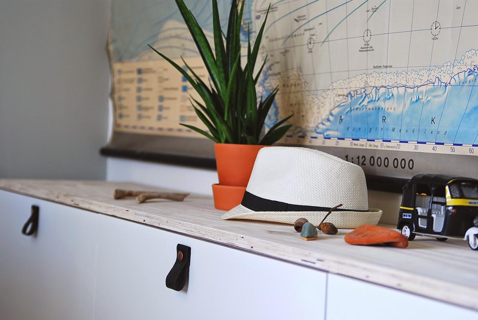 Maak een mooie lowbudget opberger diy aestheticyou - Plank wandmeubel ...
