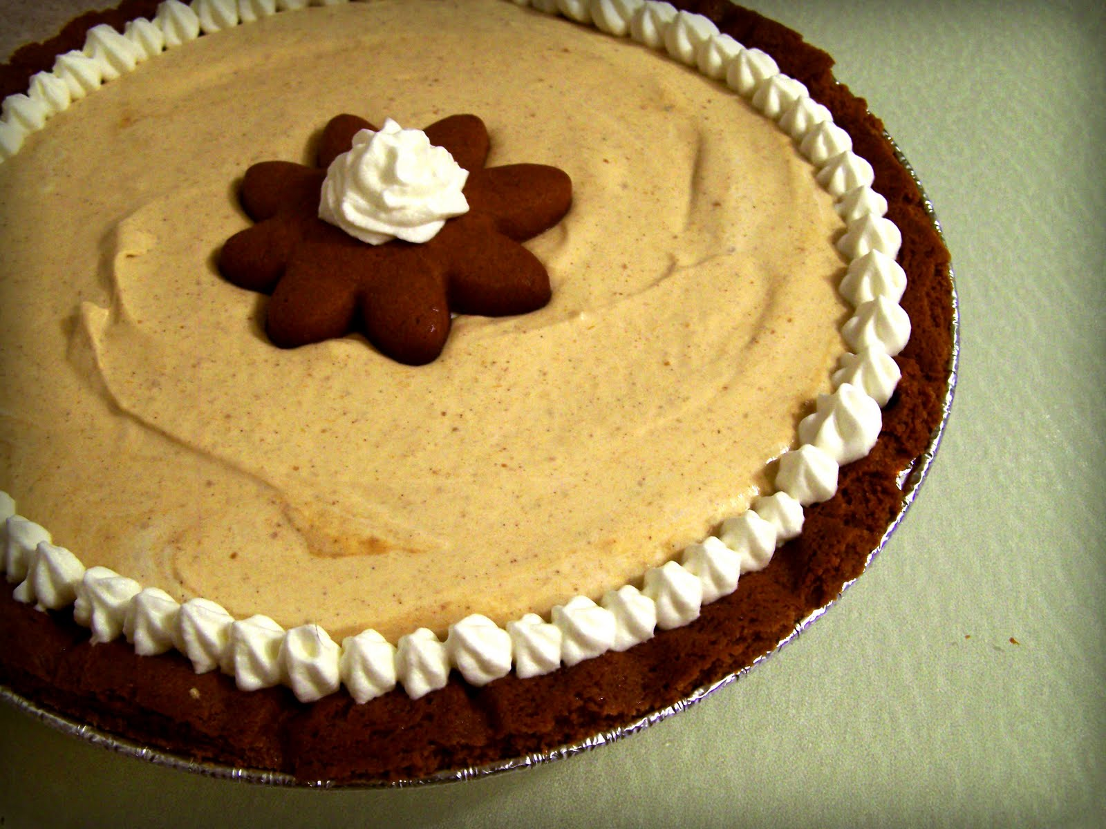 operation domestic goddess: Pumpkin Mousse and Gingerbread Pie