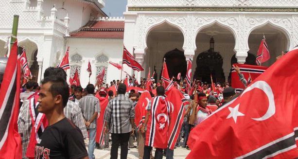 Pro Kontra Pengibaran Bendera GAM di Aceh