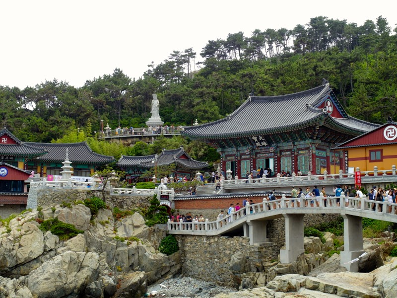 Haedong Yonggungsa Temple Busan Korea lunarrive Travel blog Singapore